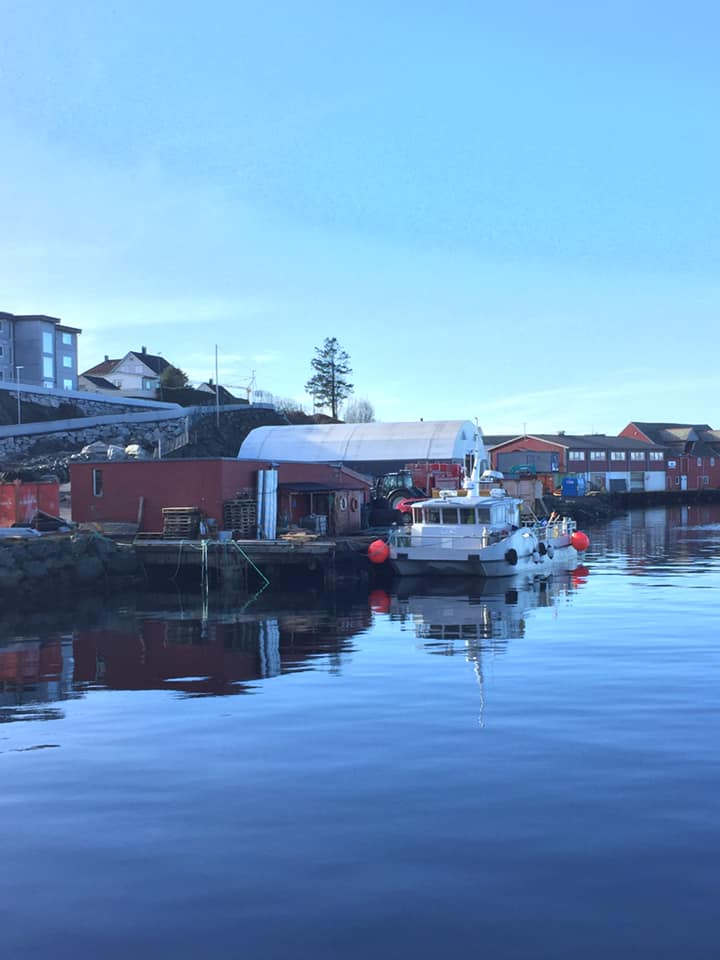 Basen vår Fjordgata 13. Sjøtjenester Florø - sjotjenesterfloro.no