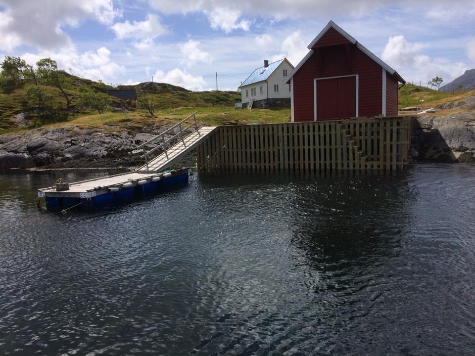 Bygging av ny kai Florøskjærgarden. Sjøtjenester Florø - sjotjenesterfloro.no